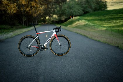 Велосипед Specialized Men's S-Works Tarmac (2018) / Белый
